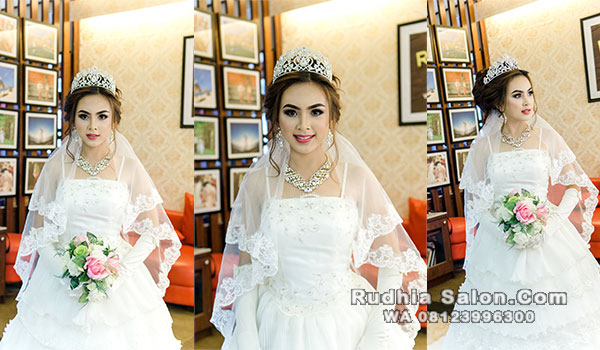 gaun pernikahan di bali